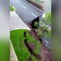 Así fue el espectacular desplome de una carretera en China