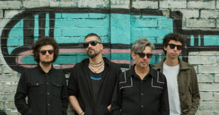 """Emociones Clandestinas celebra 30 años de su icónico disco """"Abajo en la costanera"""""""