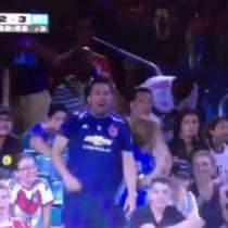 Claudio Bravo felicita en redes sociales a hincha de la Universidad de Chile que festejó su tapada durante amistoso del Manchester City