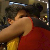 Estados Unidos: el emotivo reencuentro entre un niño de Honduras separado de su familia en la frontera y su abuela