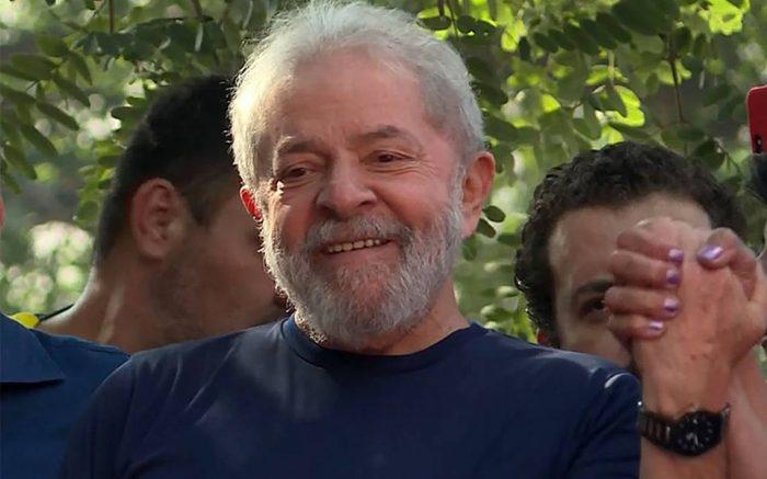 Juez ordena liberar al expresidente Luiz Inácio Lula da Silva