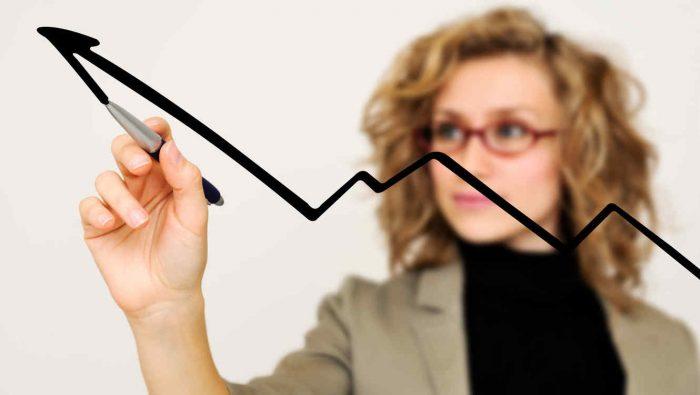 Mujeres en puestos directivos: un 35% ha podido optar por un cargo de alta directora de empresa