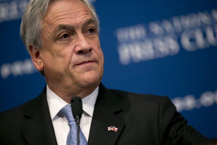 Ajuste ministerial: Presidente intenta revivir la luna de miel con fuerte discurso económico