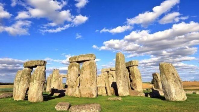 Resuelven el misterio de los restos cremados de Stonehenge