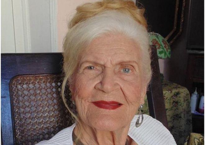 "Muere Carilda Oliver, la irreverente poeta erótica que ""desordenó"" Cuba"