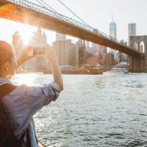 Qué impacto tiene en las ciudades Airbnb, la controvertida plataforma de alquiler temporal para turistas