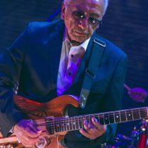 Guitarrista Óscar Arriagada regresa a los escenarios chilenos con electrizante presentación