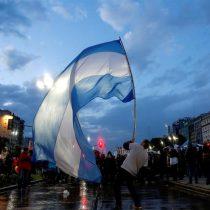 Análisis: El gobierno argentino cometió errores graves, pero no hay riesgo de repetir la crisis de 2001