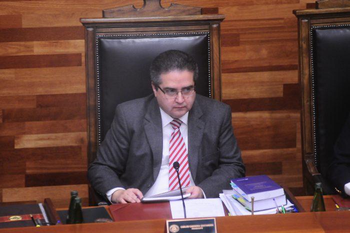 Carmona renuncia a Derecho de la U. de Chile: