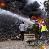 Incendio en Maipú: ya no existen llamas y labores terminarían este viernes