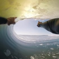 2 minutos y 8 tubos, la fascinante perspectiva de Koa Smith surfeando la ola perfecta