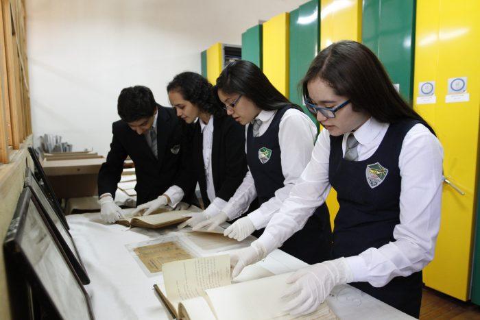 Colegios de todo Chile dan a conocer sus experiencias de rescate histórico y patrimonial