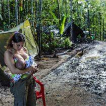Mujeres en un entorno de conflicto: las fotografías de Catalina Martín-Chico en el MAC