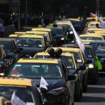 Carabineros investiga pelea entre taxistas y un chofer de Uber que terminó con un fallecido