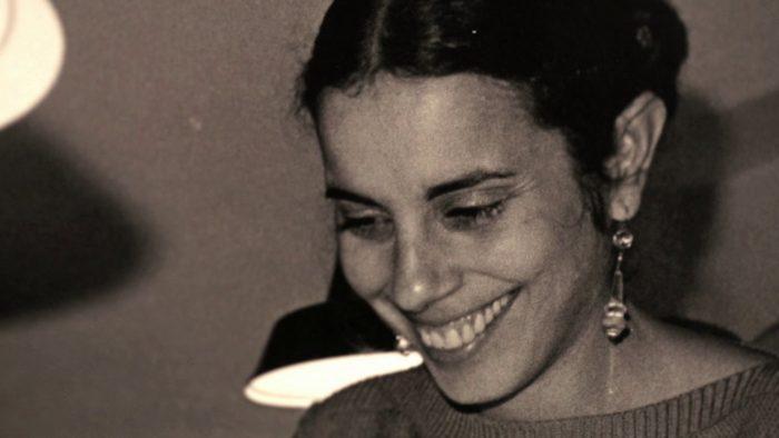 A propósito de feminismos: recordando a Ana Mendieta (1948-1985)