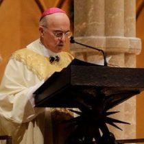 Quién es Carlo Maria Viganò, el exarzobispo que pide la renuncia del Papa por