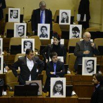 """Otra """"bravuconada"""" de Urrutia: diputados opositores salen al paso de su apoyo a la acusación constitucional"""