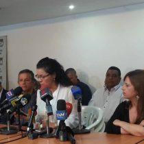 Frente opositor venezolano respalda llamado a paro y prepara huelga nacional