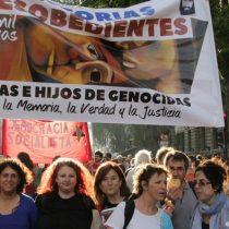 """""""Historias Desobedientes"""": la agrupación argentina de hijos de genocidas comprometida con los DDHH"""