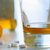 ¿Qué relación tiene el estrés laboral con el consumo de alcohol y drogas?
