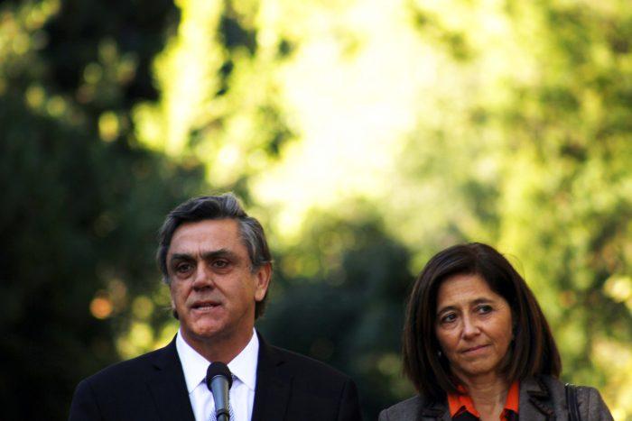 SQM papers: las pruebas de la Fiscalía contra la sociedad de Longueira y su señora que los tienen cercados