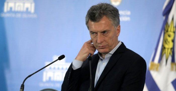 Crisis en Argentina: peso se derrumba y crecen rumores de cambio de gabinete