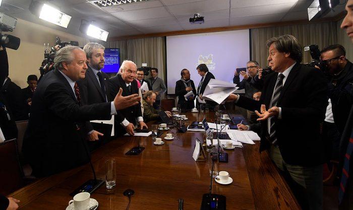 Fuego cruzado en salario mínimo: Gobierno anuncia nuevo proyecto y la CUT le exige olvidarse de la plurianualidad