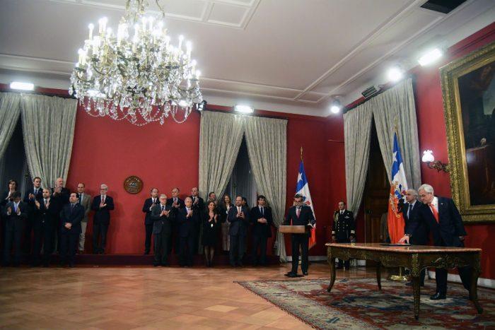 Se quedó pegado con Bachelet: el discurso de Piñera en el cambio de gabinete
