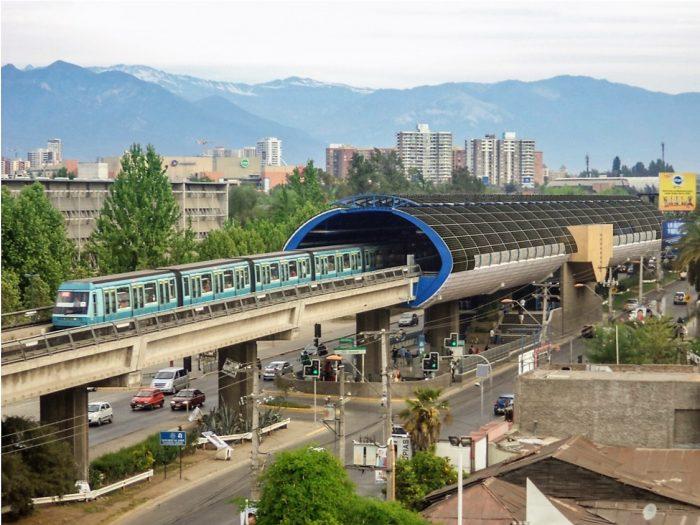 Buscan reducir gasto de energía en el Metro de Santiago