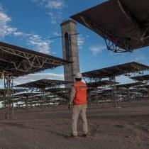 Gigante termosolar en el desierto de Atacama desafía a Tesla