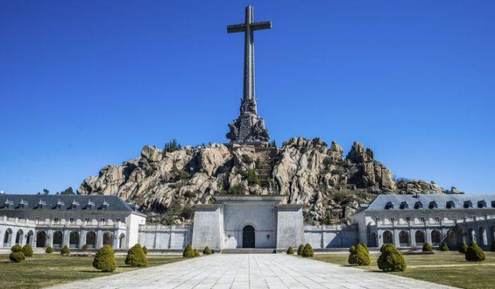 Exhumación: Gobierno español aprueba sacar al dictador Franco del Valle de los Caídos