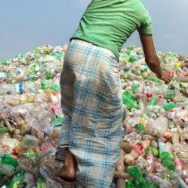 Cuánto costaría realmente dejar de usar envases de plástico