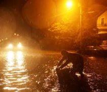 El temido huracán Florence comienza a golpear la costa este de Estados Unidos como ciclón de categoría 1
