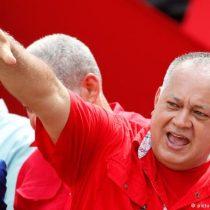 Diosdado Cabello dice que venezolanos emigran por