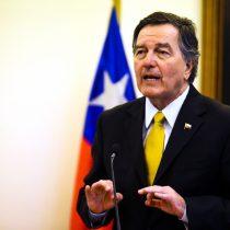 Roberto Ampuero cree que soberanía territorial está resguardada ante demanda de Bolivia