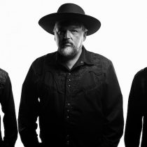 Alain Johannes Trío estrena en plataformas su single junto a Mike Patton