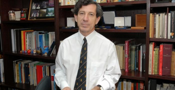 Gonzalo Rojas, el derecho de rebelión y el pronunciamiento