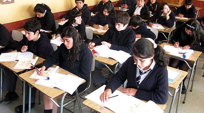 El buen negocio de la educación chilena: ¿a quién y cuánto importan los y las escolares?