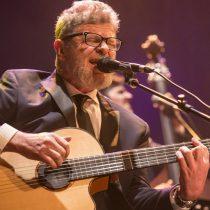 Gustavo Santaolalla en Chile: música de primer nivel y homenaje a su amigo Jorge González