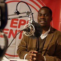 Yvenet Dorsainvil, conductor de la primera radio para haitianos: