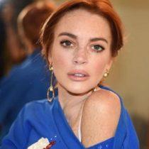 Actriz Lindsay Lohan intenta llevarse a dos niños refugiados y es golpeada por la madre