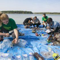 """Jornada mundial de limpieza:Los ciudadanos limpian y """"auditan"""" el plástico del planeta"""