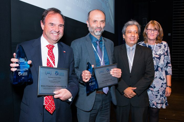 Transantiago recibe premio internacional por exigir a buses nuevos contar con norma Euro VI