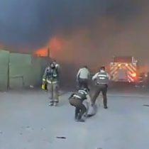 Incendio afecta a más de 100 viviendas en campamento Frei Bonn de Calama