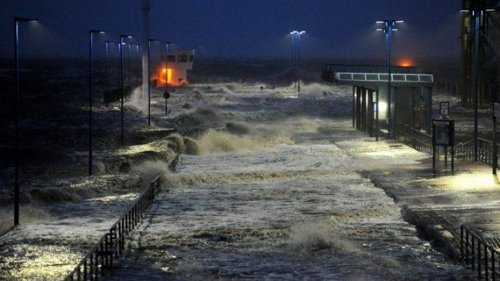 """Las calamidades climáticas y el business as usual (o """"Algo Huele Mal en Chile"""")"""