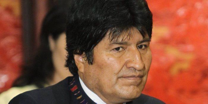 Bolivia: Carlos Mesa le arrebataría la presidencia a Evo Morales en segunda vuelta