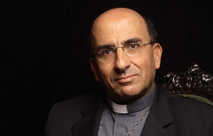 Chomalí, una de las cartas para suceder a Ezzati, será recibido este viernes por el Papa Francisco