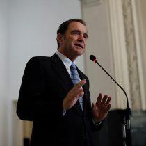 Hernán Larraín y reforma a notarios: