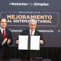 Reforma a notarios: Piñera promete menos trámites y fin a cargos vitalicios