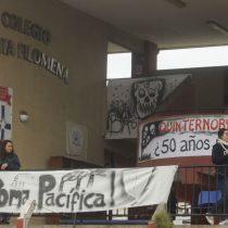 Rabia ciudadana en Quintero por contaminación: Cortan ruta, protestan frente a Oxiquim y toman colegio